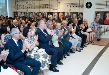 ADA University surrounded by Jazz via the Cavan Zeynalli's performance